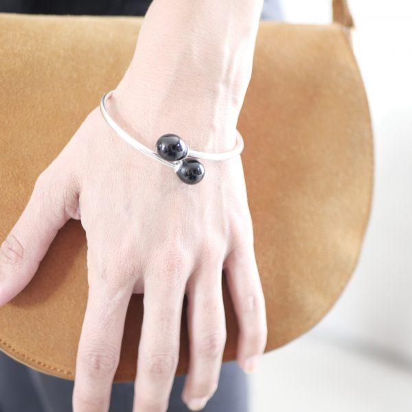 Bracelet jonc perles en verre de Murano noir