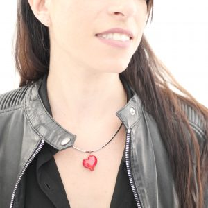 Collier perle en verre de Murano forme coeur rouge